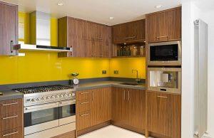 Thi công kính màu ốp bếp tại hà nội 2