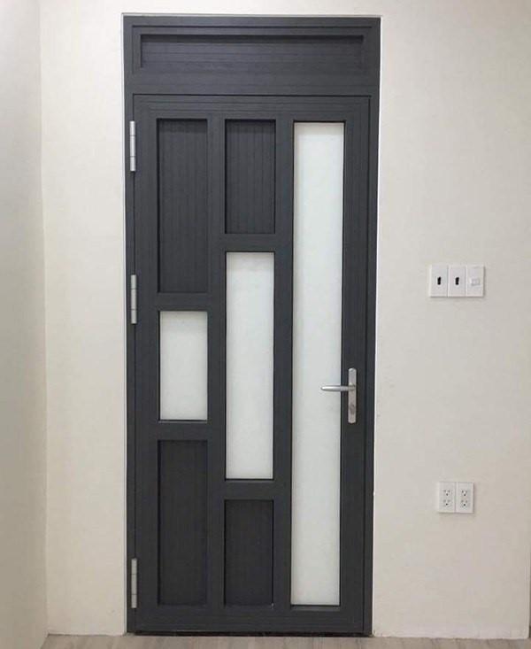 Mẫu cửa đi 1 cánh nhôm Xingfa màu ghi